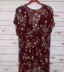 Torrid Floral High Low Deep V Neck Shirt Size 2
